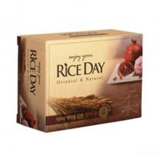 Мыло с рисовыми отрубями, гранатом и пионом Rice Day
